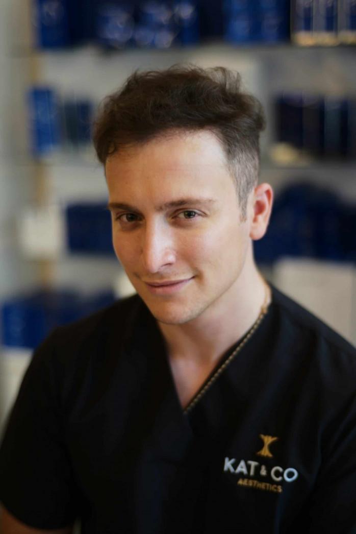Dr Leonardo De Fasono